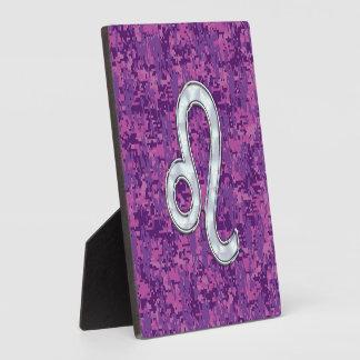 デジタル赤紫のカムフラージュのレオの(占星術の)十二宮図の印 フォトプラーク