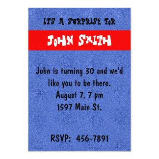 デニムおよび赤い誕生日の招待状 カード