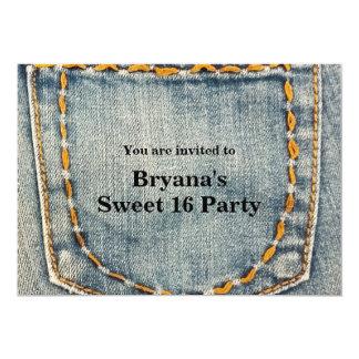 デニムのジーンによってステッチされる小型の誕生会 カード