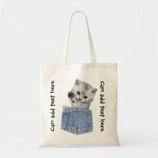 デニムのポケットのかわいい子ネコ トートバッグ