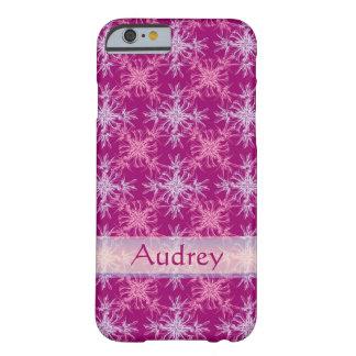 デュアルトーンのピンクおよび挨りだらけの紫色のダマスク織の名前をカスタムする BARELY THERE iPhone 6 ケース