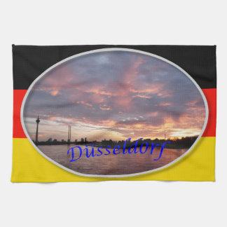デュッセルドルフの日没タオル キッチンタオル