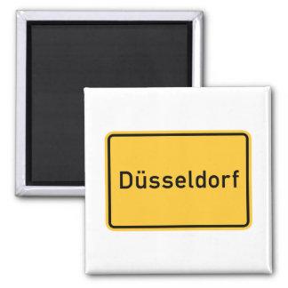 デュッセルドルフ、ドイツの交通標識 マグネット