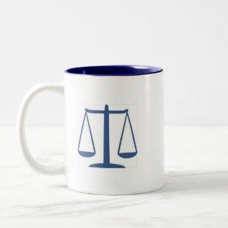 デューイ、Scruem及びHoweの弁護士 ツートーンマグカップ