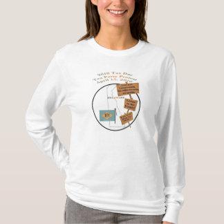 デラウェア州2010税日のお茶会の長袖のフード付 Tシャツ