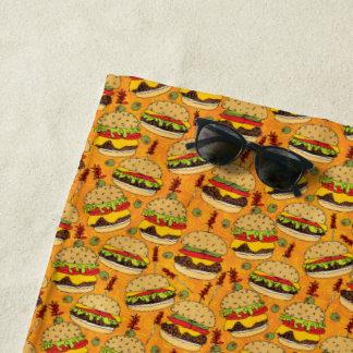 デラックスなチーズバーガー ビーチタオル