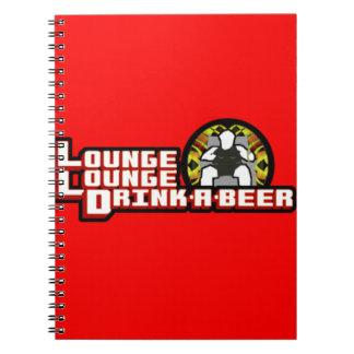 デラックスなラウンジのラウンジの飲み物ビール ノートブック
