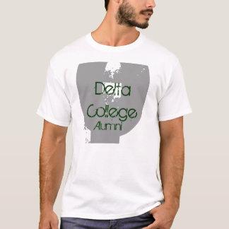 デルタの大学卒業生 Tシャツ