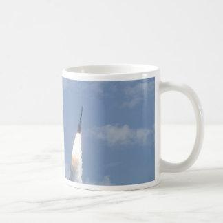 デルタ2のロケット コーヒーマグカップ