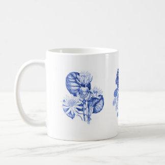 デルフトの青のモノクロ花 コーヒーマグカップ
