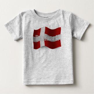 デンマークの振る旗 ベビーTシャツ