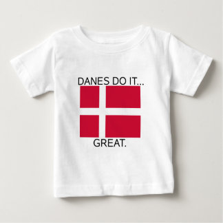デンマーク人はしますそれを… 大きい ベビーTシャツ