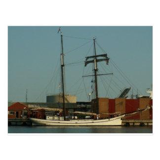デンマーク港のオランダのスクーナー船 ポストカード