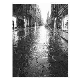 トゥーリンイタリア、ぬれた通りの夕べ ポストカード