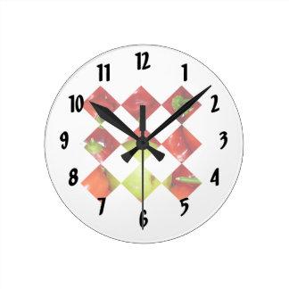 トウガラシのライムのダイヤモンドのタイルのグラフィック ラウンド壁時計