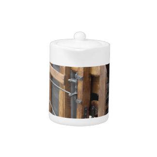トウモロコシを殻から取り出すのに使用される手動機械