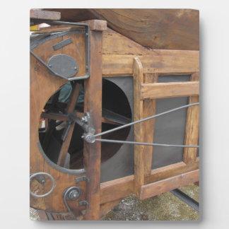トウモロコシを殻から取り出すのに使用される手動機械 フォトプラーク