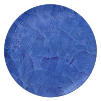 トスカナ式の青く模造のな終わり プレート
