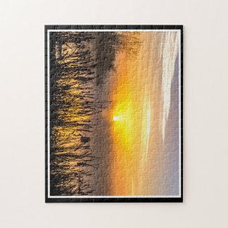 トマスMinutolo著霧深い日の出11x14のパズル ジグソーパズル