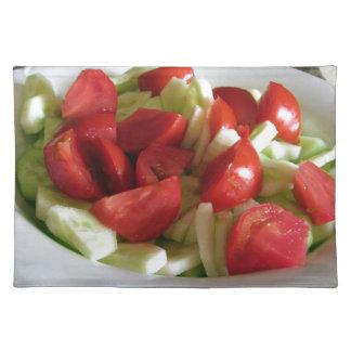 トマトおよびきゅうりサラダ ランチョンマット