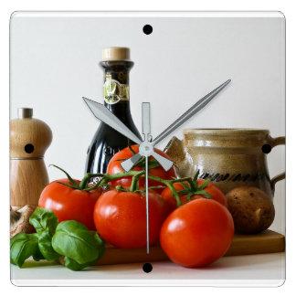 トマトの静物画 スクエア壁時計