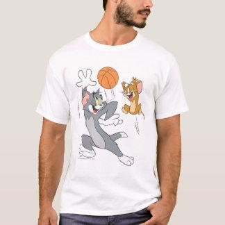 トムとジェリーのバスケットボール1 Tシャツ
