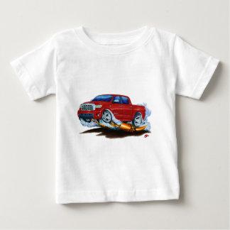 トヨタのツンドラCrewmaxの赤のトラック ベビーTシャツ