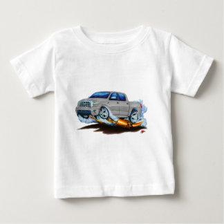 トヨタのツンドラCrewmaxの銀製のトラック ベビーTシャツ