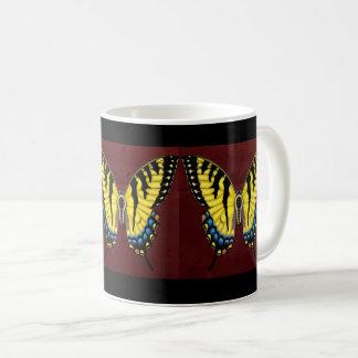トラのアゲハチョウの蝶 コーヒーマグカップ