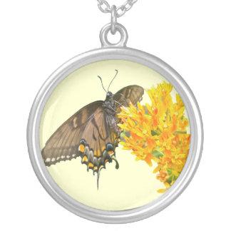 トラのアゲハチョウの蝶(Papilioのglaucas)項目 シルバープレートネックレス