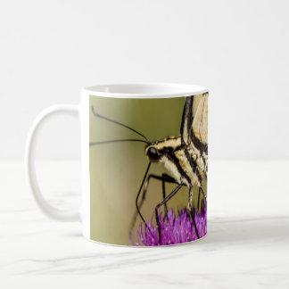 トラのアゲハチョウはコーヒー・マグを閉めます コーヒーマグカップ