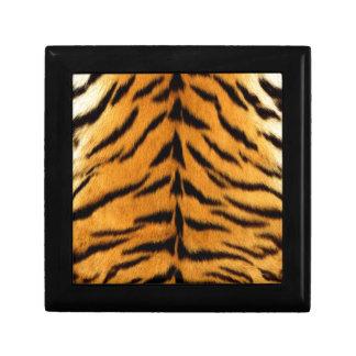 トラは縞で飾ります ギフトボックス