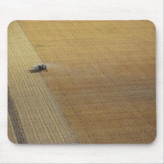 トラクターの収穫 マウスパッド