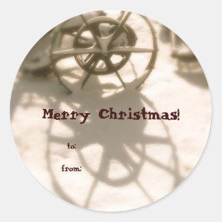トラクターの車輪のクリスマスのギフトのラベル ラウンドシール