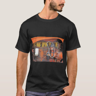 トラクターエンジン Tシャツ
