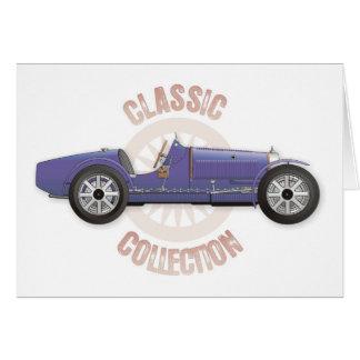 トラックで使用される古く青いヴィンテージのレースカー カード