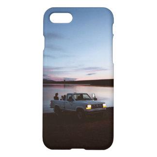 トラックのグランジで審美的なtumblrの暗い場合のヒップスター iPhone 8/7 ケース