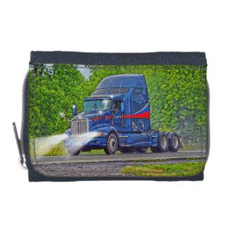 トラック恋人のための青く大きい装備のトラックの芸術