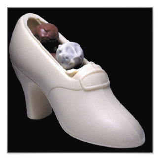 トラッフルが付いている白いチョコレート靴 フォトプリント