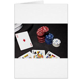 トランプのポーカーのエースはよい手を賭けました カード