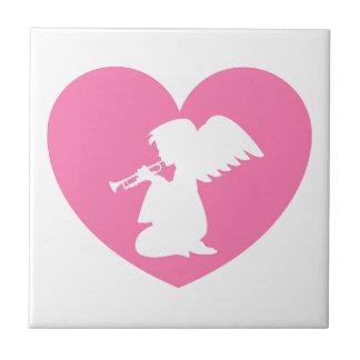 トランペットとのハートの天使 タイル