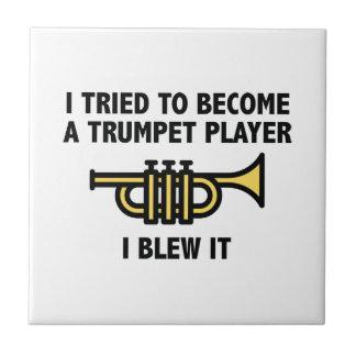 トランペット奏者 タイル