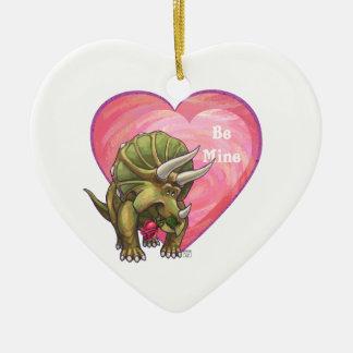 トリケラトプスのバレンタインデー セラミックオーナメント