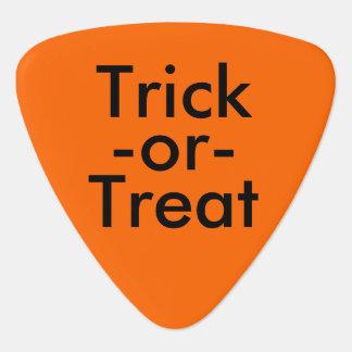トリックまたは御馳走ハロウィンの黒い及びオレンジテーマ ギターピック