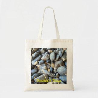トリニダードトバゴのビーチの石 トートバッグ