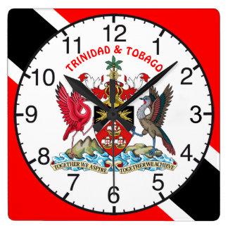 トリニダードトバゴは紋章付き外衣印を付け、 スクエア壁時計