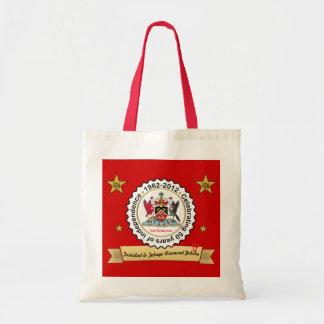 トリニダードトバゴ記念日のデザインの紋章付き外衣 トートバッグ