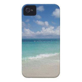 トルコ人およびCaicosのビーチのブラックベリーのはっきりしたな箱 Case-Mate iPhone 4 ケース