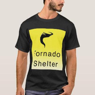 トルネード避難所のTシャツ Tシャツ