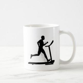 トレッドミルの人のランニング コーヒーマグカップ